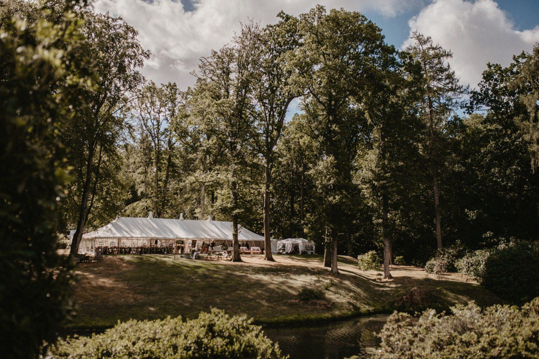 Wild Garden at The Hyde Estate | Sophie & Christoper 1