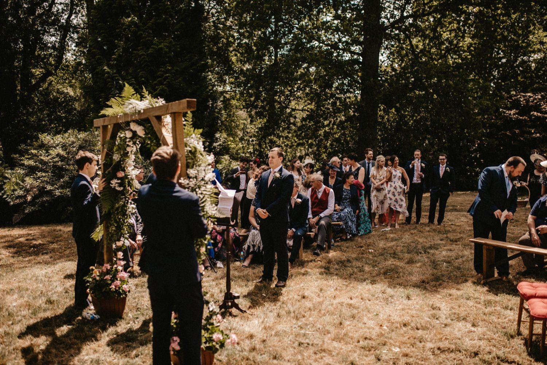Wild Garden at The Hyde Estate | Sophie & Christoper 20